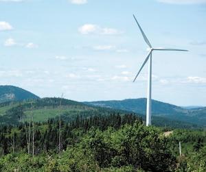 Le choix des gouvernements du Québec de favoriser les filières éoliennes et de la biomasse, dont le parc éolien de Carleton-sur-Mer que l'on voit ici sur la photo, a coûté 2,5 milliards aux consommateurs d'électricité.