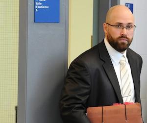 Le policier Guillaume St-Louis a été suspendu avec solde par la Sûreté du Québec lors de sa mise en accusation, en juin 2015.