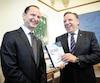 Le ministre des finances Éric Girard et le premier ministre François Legault, hier.