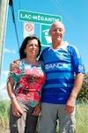 Dominique St-Pierre et Julia Espinosa ont revu leurs itinéraires de vacances afin de venir soutenir les gens de Lac-Mégantic.