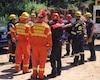 Les secours, dont des pompiers spécialisés en interventions en milieux périlleux, ont réussi à tirer la victime de sa fâcheuse position.