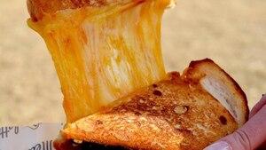 Un bar spécialisé en grilled-cheese près de l'UQAM