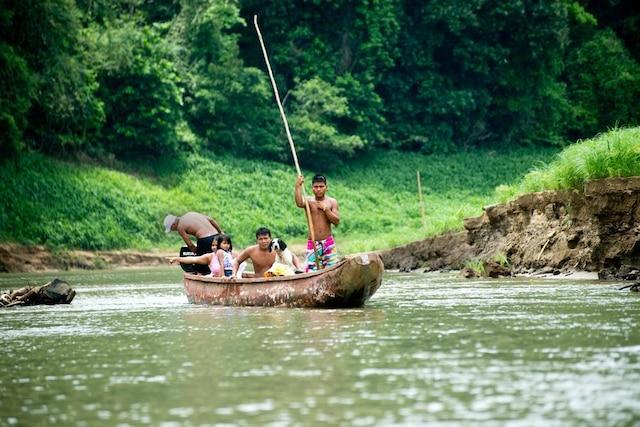 Une excursion chez les Emberá permet de connaître la culture encore bien vivante de ce peuple autochtone du Panama.