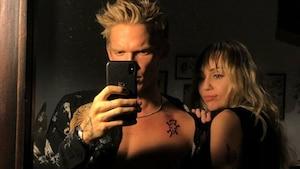 Image principale de l'article Miley Cyrus et Cody Simpson se font tatouer