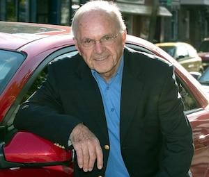 Jacques Duval dit être forcé de continuer à travailler à cause de ses mésaventures financières. «J'approche les 80 ans et je suis encore à l'œuvre. Il y a des rêves que j'ai dû abandonner», avoue-t-il.