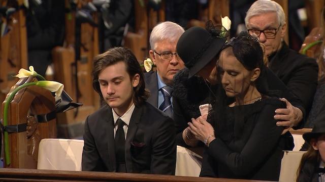 Céline Dion a pu compter sur le soutien de sa mère durant la cérémonie.