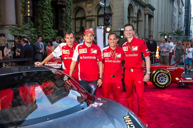 L'équipe Ferrari lors de la soirée à l'Hôtel St-James.