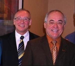 Claude Lachapelle, à gauche, était devenu le bras droit du maire de Mascouche.