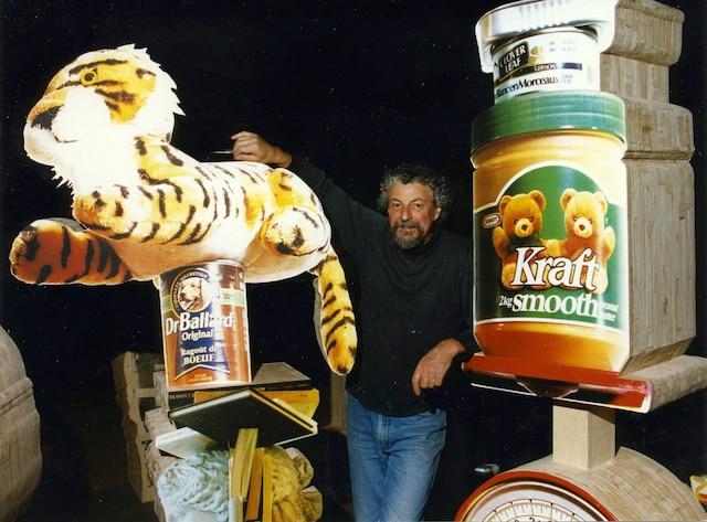 Avec les oursons Kraft, Pierre Ayot était déjà dans le ton en 1993, alors qu'il préparait son exposition Ayot et son Museum Circus.