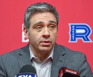 L'entraîneur-chef du Rocket, Joël Bouchard, a souligné la bonne attitude de ses joueurs, lors de son bilan de fin de saison.