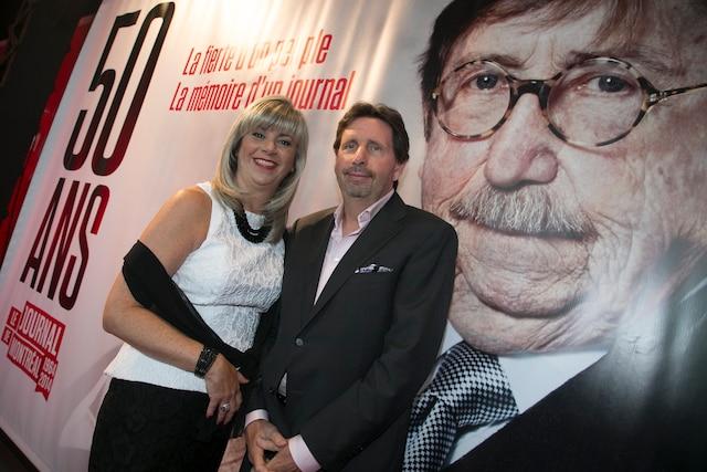 Lyne Robitaille, vice-présidente exécutive Sun Media Québec, et présidente et éditrice, Journal de Montréal, et Érik Péladeau étaient présents à la célébration des 50 ans du Journal de Montréal.