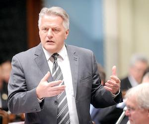 Le cabinet du ministre des Transports Laurent Lessard a réagi aux hausses salariales allant jusqu'à 60 % qui sont sur le point d'être accordées à l'ARTM.