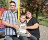 Marc-André Duval et Suzanne Girard sont allés chercher leur fils de 11 ans, Xavier, hier à l'Hôpital Rivière-des-Prairies après cinq mois d'hospitalisation, mais craignent de rentrer chez eux à Drummondville sans aucune aide pour ses lourds problèmes psychiatriques.