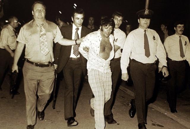 Lisacek a consacré une grande partie de sa carrière à poursuivre le criminel Richard Blass.