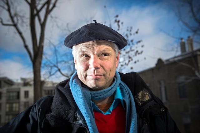 Dinu Bumbaru aime Montréal d'amour, même s'il a visité, souvent à pied, des dizaines de villes dans le monde.