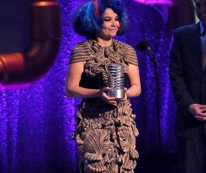 Björk fera un DJ set à Montréal dans le cadre de Red Bull Music Academy.