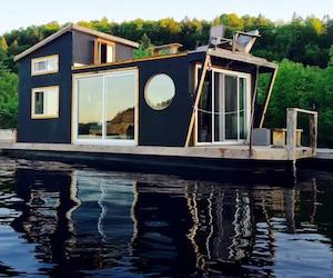 Le charmant «River Den» peut accueillir deux personnes.