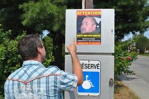 Les autorités refusant d'aviser le public de la sortie de prison de criminels à risque de récidive, un père de famille a apposé lui-même des affiches dans des endroits publics.