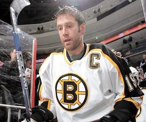Premier choix des Bruins en 1997, Joe Thornton a disputé sept saisons à Boston.