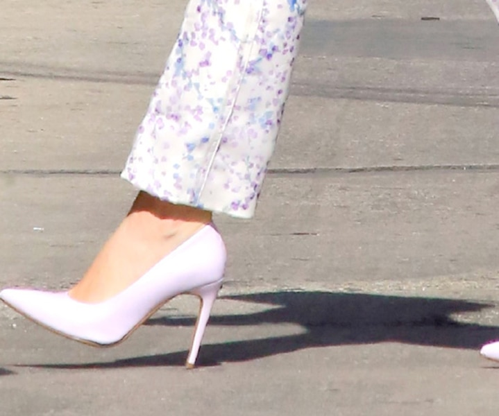 Angela Mitchell: des chaussures d'ici qui retiennent l'attention d'Hollywood