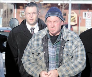 Louis Pelletier aurait dit à un proche que son ex était «morte brûlée dans un char» quelques heures après la découverte du corps.