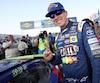 En gagnant à Loudon, dimanche, Kyle Busch s'est assuré de participer à la deuxième ronde des séries éliminatoires de la Coupe NASCAR.