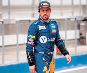 Le double champion du monde Fernando Alonso a quitté la F1 pour raviver ses espoirs de devenir le deuxième pilote de l'histoire à remporter la Triple couronne en course automobile.