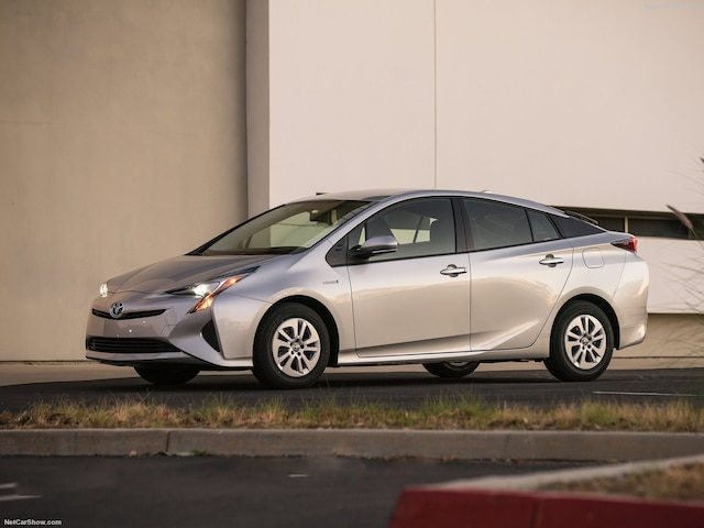 La puissance de la Toyota Prius 2017 s'élève à 121 chevaux-vapeur.