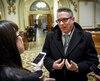Le pdg de la SQDC Jean-François Bergeron et moi croqués sur le vif lors d'une grande discussion le 20 février dernier à l'Assemblée nationale.