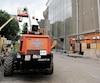 Les chantiers de Québec, comme ici au Grand Théâtre, tournaient au ralenti, mercredi, alors que des employés ont affirmé au Journal qu'ils arrivaient «au bout de ce qu'ils peuvent faire sans les grues».