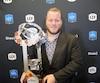 Luc Brodeur-Jourdain est le troisième joueur des Alouettes à recevoir le trophée Jake-Gaudar.