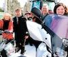De gauche à droite, le président de la Fédération des motoneigistes du Québec, Mario Gagnon, la ministre du Tourisme, madame Julie Boulet, le député de Maskinongé, monsieur Marc H. Plante, le président de la Fédération québécoise des Clubs Quads, Alain Decoste, et la ministre déléguée aux Transports, madame Véronyque Tremblay.