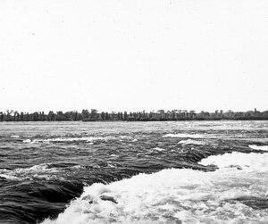 Lorsqu'ils ont découvert les rapides de Lachine, qui les bloquaient, nos ancêtres étaient certainement loin de s'imaginer qu'un jour leurs descendants se plairaient à y faire du surf ou du rafting!