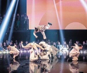 L'acrobatiquemoment révolution de l'équipe formée de la troupe MARVL et du duo WIllow, dimanche soir, n'a pas suffi à les faire passer à l'étape suivante de la compétition dotée d'une bourse de 100 000$.