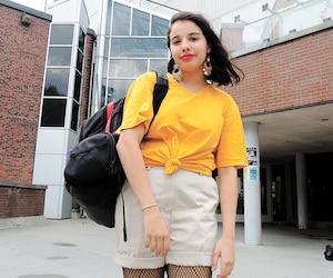 Eugénie-Laurencedevant le cégep du Vieux Montréal, où elle étudie.
