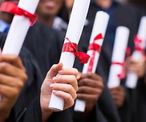 Bloc diplomés diplome finissants graduation université école