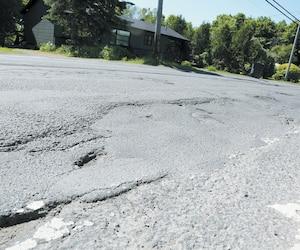 La portion de Saint-Jérôme du chemin du Grand-Héron qui figure dans le top 5 des routes en plus mauvais état du Québec, selon l'enquête menée par CAA Québec.