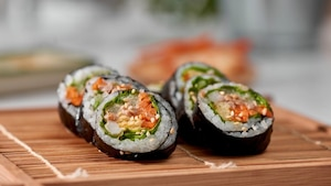 Maki californien au saumon fondant et curry