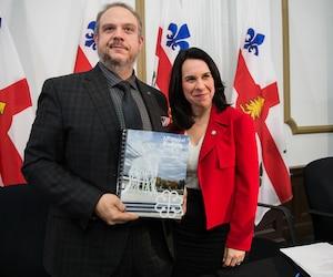 La mairesse de Montréal, Valerie Plante, et Benoit Dorais, le président du comité exécutif.