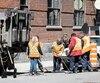 La Ville de Montréal a payé pour faire opérer 17employés au privé depuis2012, estimant qu'ils reviendront plus vite au travail.