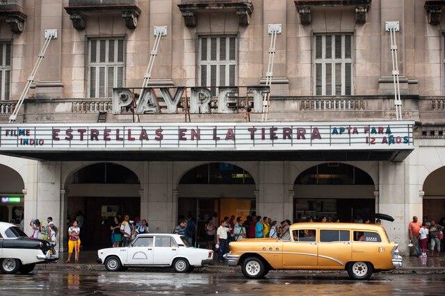 Le Maleçon, grand boulevard populaire de La Havane.
