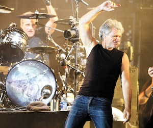 La formation Bon Jovi lors d'un spectacle à Endicott, dans l'État de New York.