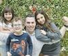 Nicholas Dagenais entend simplement passer du temps de qualité avec ses trois enfants Marie-Lune, Florence et Gabrielpour souligner sa première fête des Pères en solo.