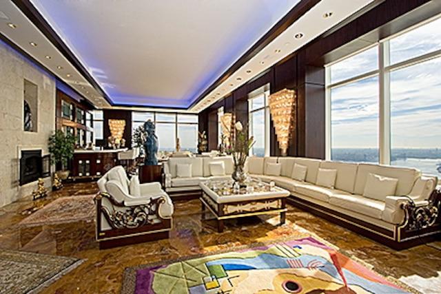 Voici l'intérieur d'un condo de 7,2 M$US saisi dans la Trump Tower à New York.