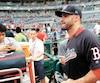 Les Red Sox de Boston ont embauché J.D. Martinez quelques heures avant le début de leur camp d'entraînement.