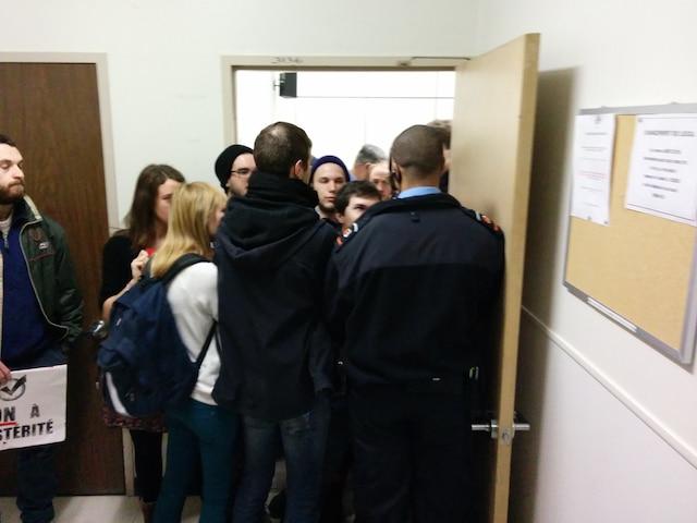 Piquetage à l'Université Laval.