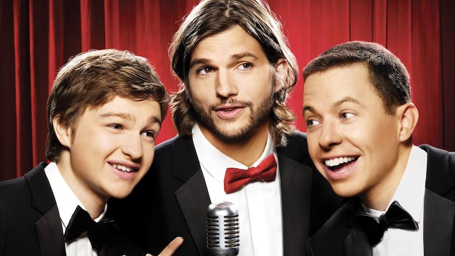 Ashton Kutcher a remplacé Charlie Sheen en 2011.