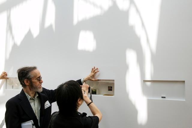 Yoko Ono fait l'objet d'une exposition rétrospective de ses 10 premières années d'artiste au Museum of Modern Art de New York. L'exposition intitulée Yoko Ono: One Woman Show, 1960-1971 ouvre le 17 mai 2015 au grand public.