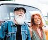 vieux couple hippie