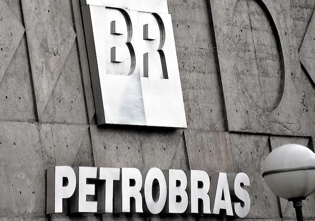 Une raffinerie de Petrobras au Texas est au cœur d'un scandale politique et financier qui secoue le pays.